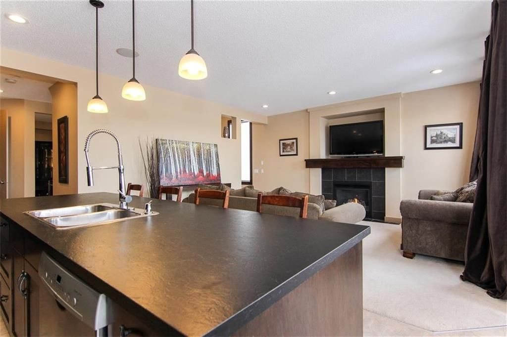 Photo 12: Photos: 21 CRANBERRY Cove SE in Calgary: Cranston House for sale : MLS®# C4164201