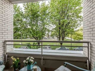 "Photo 15: 201 5700 LARCH Street in Vancouver: Kerrisdale Condo for sale in ""Elm Park Place"" (Vancouver West)  : MLS®# V1121280"