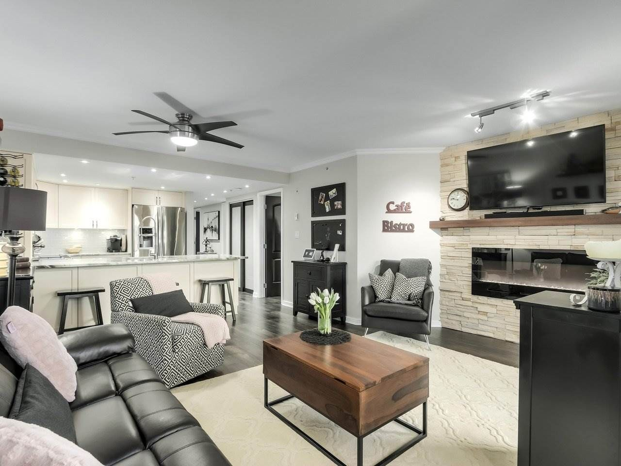 """Main Photo: 201 2665 W BROADWAY in Vancouver: Kitsilano Condo for sale in """"MAGUIRE BUILDING"""" (Vancouver West)  : MLS®# R2565478"""