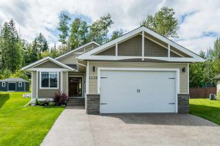 Photo 1: 1439 OMINECA Place in Prince George: Charella/Starlane House for sale (PG City South (Zone 74))  : MLS®# R2486806