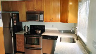 """Photo 6: 4 915 TOBRUCK Avenue in North Vancouver: Hamilton Townhouse for sale in """"CLEARWATER"""" : MLS®# R2131517"""