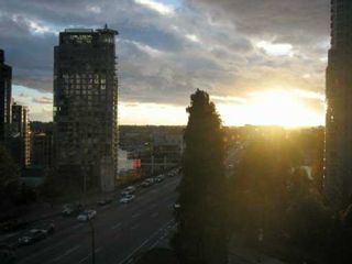 """Photo 4: 1003 PACIFIC Street in Vancouver: West End VW Condo for sale in """"Seastar"""" (Vancouver West)  : MLS®# V616919"""
