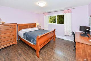 Photo 10: 618 Fernhill Pl in : Es Saxe Point House for sale (Esquimalt)  : MLS®# 845631