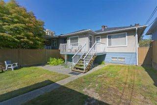 Photo 13: 5232 HOY Street in Vancouver: Collingwood VE House for sale (Vancouver East)  : MLS®# R2392696