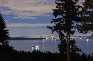 Photo 1: 5064 PINETREE Crescent in West Vancouver: Caulfeild House for sale : MLS®# R2618070