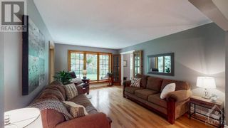 Photo 10: 8380 FOREST GREEN CRESCENT in Metcalfe: House for sale : MLS®# 1264181