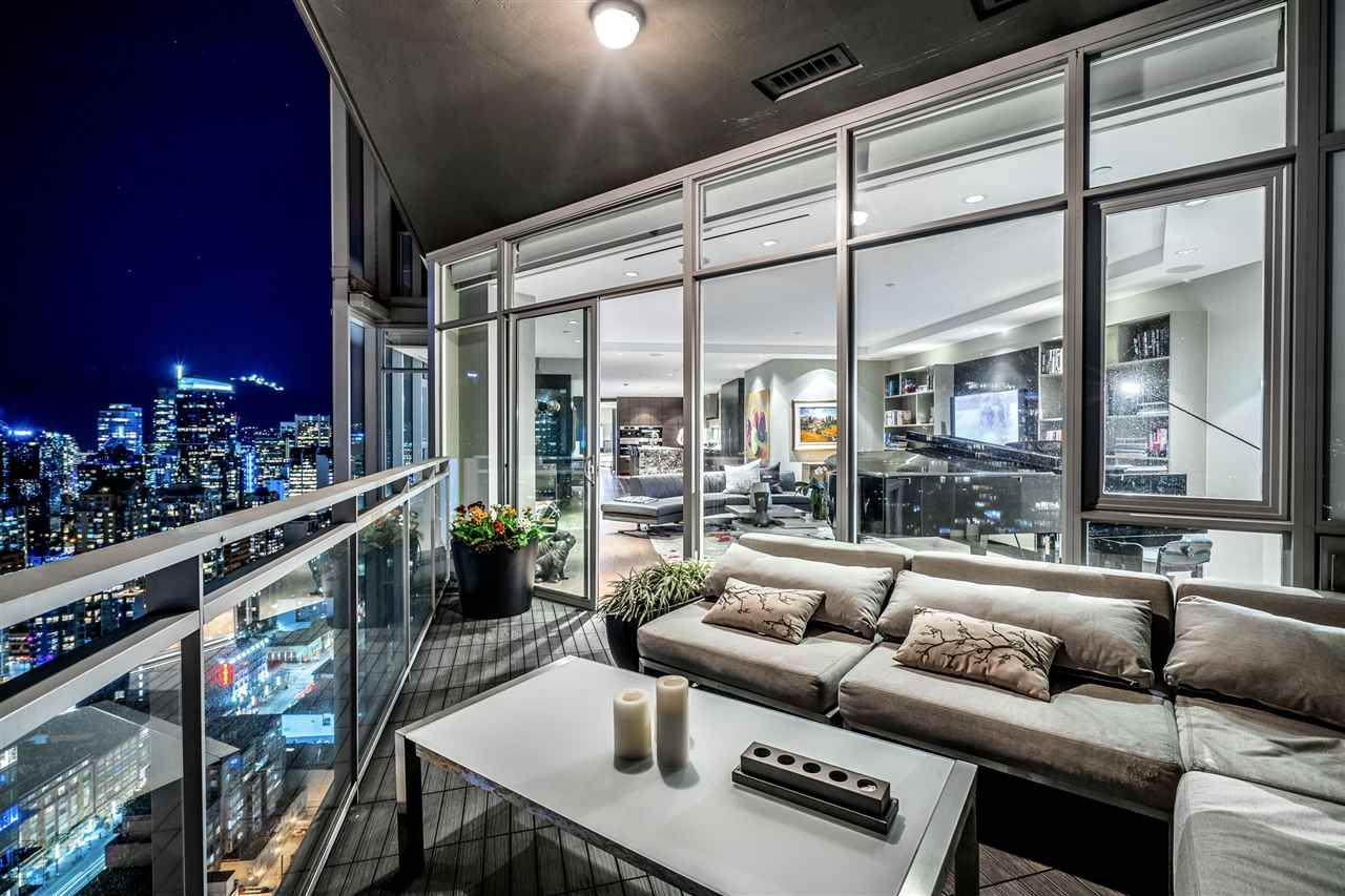 """Photo 16: Photos: 4601 1372 SEYMOUR Street in Vancouver: Downtown VW Condo for sale in """"The Mark"""" (Vancouver West)  : MLS®# R2553966"""