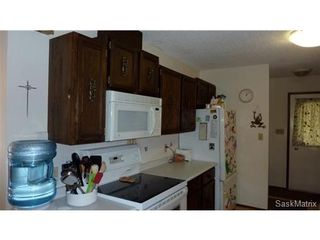 Photo 4: 2006 Central Avenue: Laird Single Family Dwelling for sale (Saskatoon NW)  : MLS®# 430797