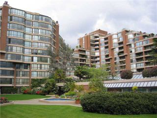 """Photo 3: 204 1490 PENNYFARTHING Drive in Vancouver: False Creek Condo for sale in """"HARBOUR COVE"""" (Vancouver West)  : MLS®# V872737"""