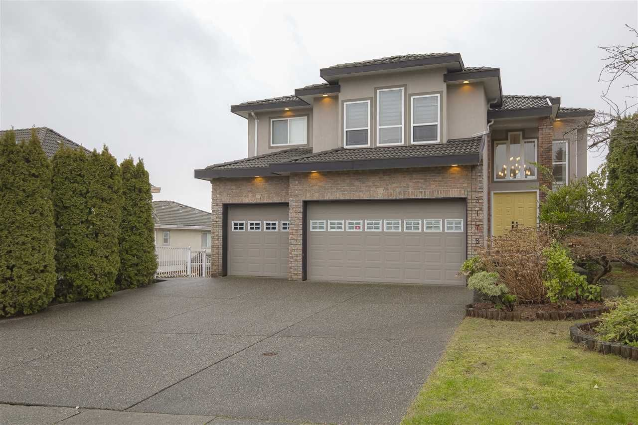 """Main Photo: 3178 ARROWSMITH Place in Coquitlam: Westwood Plateau House for sale in """"WESTWOOD PLATEAU"""" : MLS®# R2441868"""