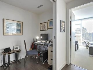 """Photo 14: 606 7373 WESTMINSTER Highway in Richmond: Brighouse Condo for sale in """"CRESSY'S """"THE LOTUS"""""""" : MLS®# R2310119"""