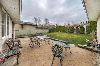 Photo 18: 8080 158A Street in Surrey: Fleetwood Tynehead House for sale : MLS®# R2440380