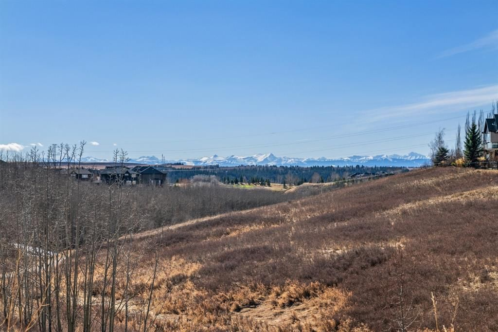 Photo 6: Photos: 3 Tuscany Glen Place NW in Calgary: Tuscany Detached for sale : MLS®# A1091362