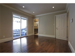 """Photo 7: 4640 WOODBURN RD in West Vancouver: Cypress Park Estates House for sale in """"CYPRESS PARK ESTATES"""" : MLS®# V936602"""