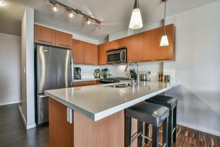 """Photo 2: 1001 2133 DOUGLAS Road in Burnaby: Brentwood Park Condo for sale in """"PERSPECTIVES"""" (Burnaby North)  : MLS®# R2322738"""