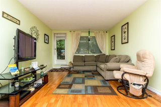 Photo 3: 109 10644 151A Street in Surrey: Guildford Condo for sale (North Surrey)  : MLS®# R2282040
