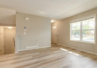 Photo 4: 217 Cranberry Park SE in Calgary: Cranston Row/Townhouse for sale : MLS®# A1127199