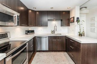 """Photo 5: 1001 145 ST. GEORGES Avenue in North Vancouver: Lower Lonsdale Condo for sale in """"Talisman Tower"""" : MLS®# R2585607"""