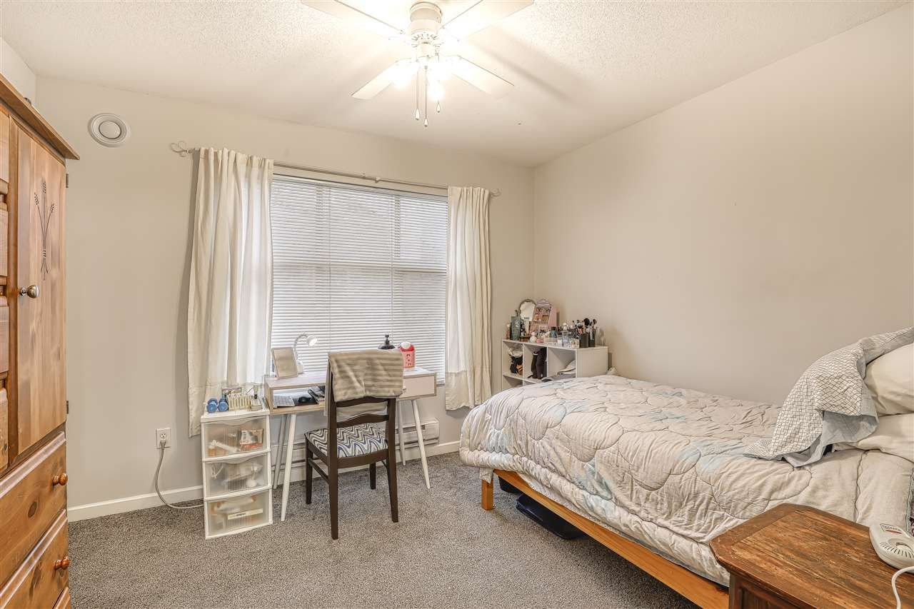 """Photo 15: Photos: 104 12099 237 Street in Maple Ridge: East Central Townhouse for sale in """"GABRIOLA"""" : MLS®# R2436710"""