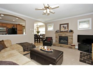 """Photo 4: 83 6887 SHEFFIELD Way in Sardis: Sardis East Vedder Rd Townhouse for sale in """"PARKSFIELD"""" : MLS®# H1303536"""
