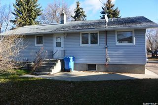 Photo 2: 202 3rd Street West in Carnduff: Residential for sale : MLS®# SK752304
