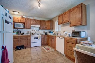 Photo 4: 503 35 Street NW in Calgary: Parkdale Detached for sale : MLS®# A1115340