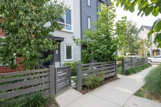 """Photo 1: 40 2310 RANGER Lane in Port Coquitlam: Riverwood Townhouse for sale in """"Fremont Blue by Mosaic"""" : MLS®# R2195292"""