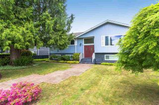 Photo 2: 1101 SMITH Avenue in Coquitlam: Central Coquitlam House for sale : MLS®# R2458016