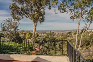 Photo 9: MISSION HILLS House for sale : 4 bedrooms : 4130 Sunset Rd in San Diego