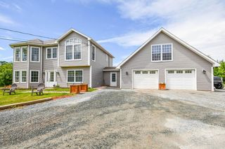 Photo 2: 43 Old Coach Road in Goodwood: 40-Timberlea, Prospect, St. Margaret`S Bay Residential for sale (Halifax-Dartmouth)  : MLS®# 202117454