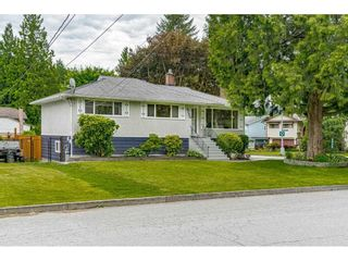 Photo 2: 2632 GORDON Avenue in Port Coquitlam: Central Pt Coquitlam House for sale : MLS®# R2587700