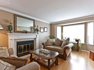 """Photo 2: 14743 69A Avenue in SURREY: East Newton House for sale in """"Chimney Heights"""" (Surrey)  : MLS®# F1210167"""