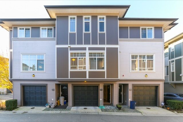 """Main Photo: 51 1010 EWEN Avenue in New Westminster: Queensborough Townhouse for sale in """"WINDSOR MEWS"""" : MLS®# R2017583"""