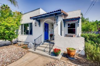 Photo 2: HILLCREST House for sale : 3 bedrooms : 236 W Robinson Ave in San Diego