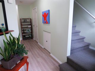 """Photo 3: 5 45640 STOREY Avenue in Sardis: Sardis West Vedder Rd Townhouse for sale in """"WHISPERING PINES"""" : MLS®# R2306187"""