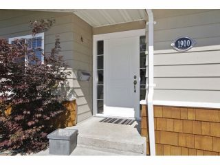 Photo 2: 1900 156TH Street in Surrey: King George Corridor House for sale (South Surrey White Rock)  : MLS®# F1323088