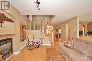 Photo 13: 52 OLDE TOWNE AVENUE in Russell: House for sale : MLS®# 1264483
