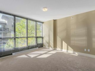 """Photo 9: 306 2959 GLEN Drive in Coquitlam: North Coquitlam Condo for sale in """"THE PARC"""" : MLS®# R2111065"""