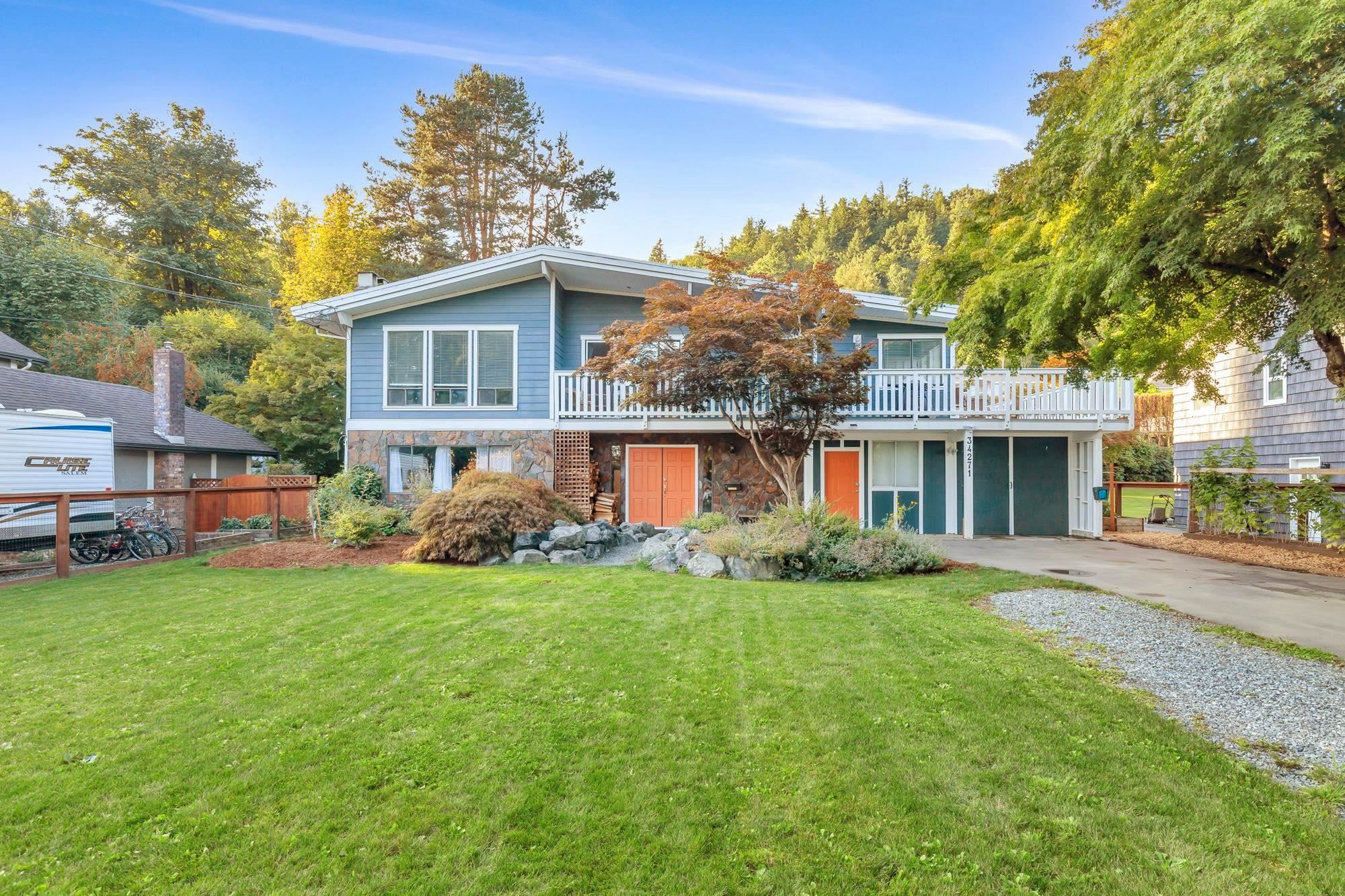 Main Photo: 34271 CATCHPOLE Avenue in Mission: Hatzic House for sale : MLS®# R2618030