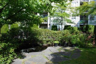Photo 24: 108 7089 MONT ROYAL SQUARE in Vancouver: Champlain Heights Condo for sale (Vancouver East)  : MLS®# R2477849