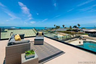 Photo 3: LA JOLLA House for sale : 4 bedrooms : 5510 Moonlight Ln