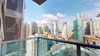 """Photo 10: 2206 788 HAMILTON Street in Vancouver: Downtown VW Condo for sale in """"TV TOWERS"""" (Vancouver West)  : MLS®# R2559691"""