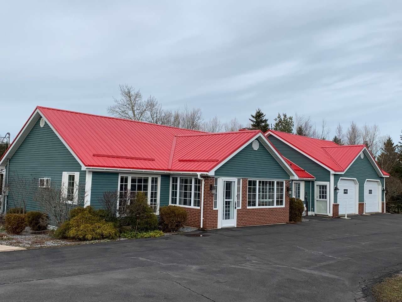 Main Photo: 5019 Highway 4 in Alma: 108-Rural Pictou County Residential for sale (Northern Region)  : MLS®# 202113867