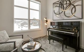 Photo 10: 133 Lucas Crescent NW in Calgary: Livingston Detached for sale : MLS®# A1047349