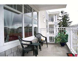 """Photo 10: 20228 54TH Ave in Langley: Langley City Condo for sale in """"Emerald Court"""" : MLS®# F2709489"""