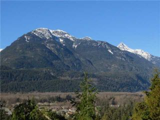 """Photo 1: 16 40653 TANTALUS Road in Squamish: Tantalus Townhouse for sale in """"TANTALUS CROSSING TOWNHOMES"""" : MLS®# V985776"""