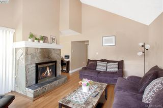 Photo 10: A 2974 Pickford Rd in VICTORIA: Co Hatley Park Half Duplex for sale (Colwood)  : MLS®# 819516
