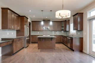 Photo 8: 6 Crestridge Mews SW in Calgary: Crestmont Detached for sale : MLS®# A1106895
