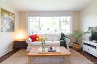 Photo 3: 2755 Belmont Ave in VICTORIA: Vi Oaklands House for sale (Victoria)  : MLS®# 839504
