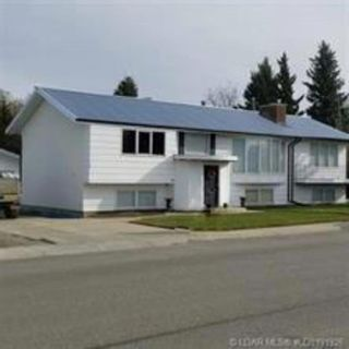 Photo 2: 368 7 Street W in Cardston: Residential for sale : MLS®# LD0191926